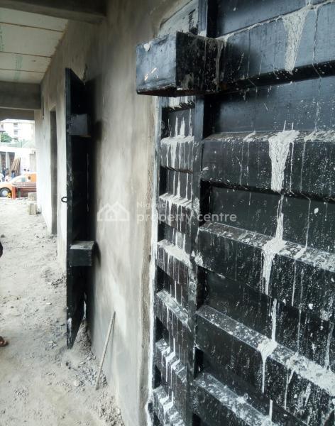 Shops, Megida Bus Stop, Ayobo, Ipaja, Lagos, Plaza / Complex / Mall for Rent