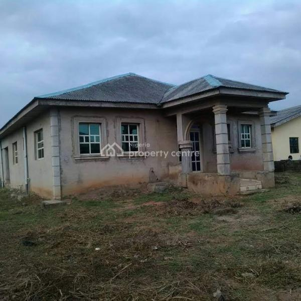 11rooms Executively Built Hotel With Modern Facilities At Lanfenwa Ota Ogun  State