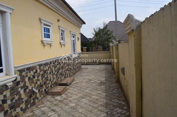 Lovely 3 Bedroom Fully Detached Bungalow with Bq, Hossana Glory Court, By Living Faith Church, Lugbe District, Abuja, Detached Bungalow for Sale