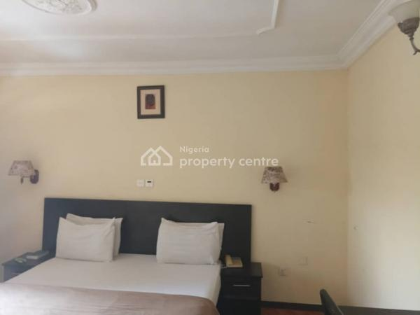 Furnished and Serviced 1 Bedroom Apartment, Zone 6, Wuse, Abuja, House for Rent