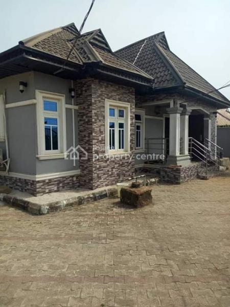 Luxury Block of 3 Flats of Bungalow(3+2+1bedroom), Ikpoba Hill Off Agbor Road Benin City, Ikpoba Okha, Edo, Detached Bungalow for Sale
