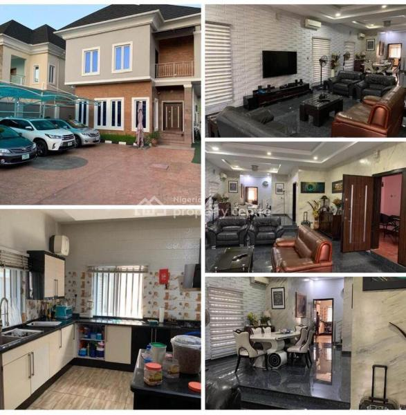 Luxurious 5 Bedroom Fully Detached House