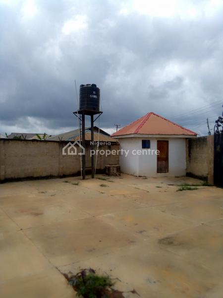 4 Bedroom Flats, Along Mokuro Road, Behind Idita Market, Ife East, Osun, Flat for Rent