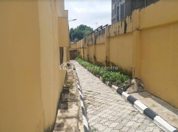 Spacious 5 Bedroom House at Wuse 2, Wuse 2, Abuja, Detached Bungalow for Sale