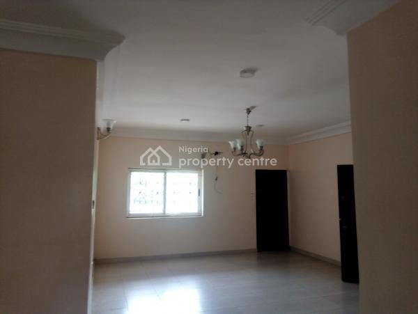 Serviced 3 Bedroom Block of Flat with Generator,, Wuse Destrict, Zone 4, Wuse, Abuja, Flat for Rent
