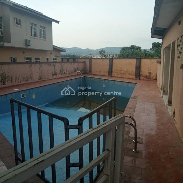 For Sale: A Nicely Maintained Detached Duplex Within A Serviced Estate,  Swimming Pool , Furniture, Mikano Generator, Mabuchi, Abuja - ₦80,000,000