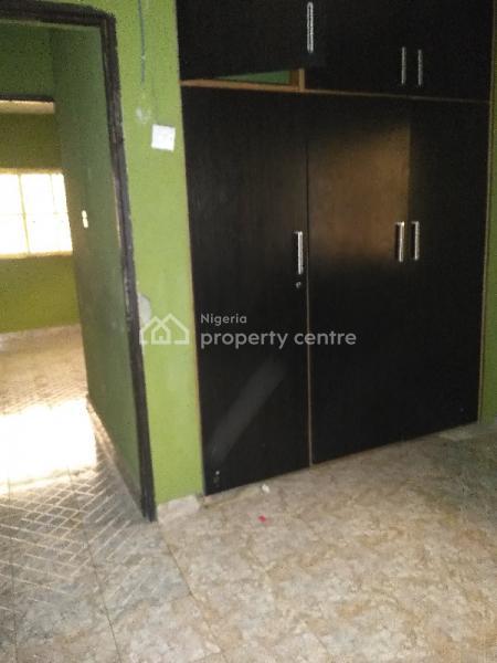 Decent 3 Bedroom Apartment, Off Fola Agoro, Yaba, Lagos, Flat for Rent