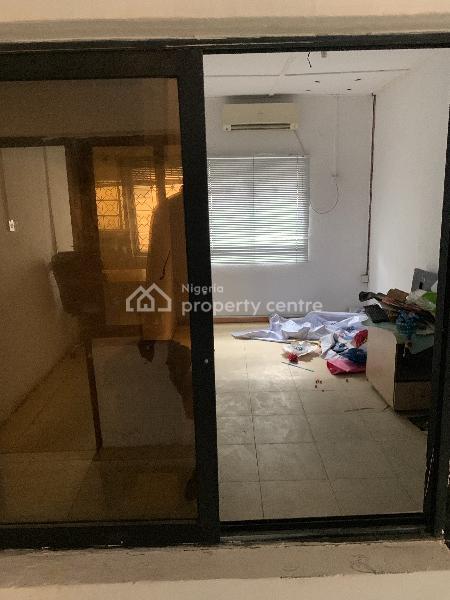 Office Spaces, 14, Adisa Bashua Street, Adelabu, Surulere, Lagos, Terraced Bungalow for Rent