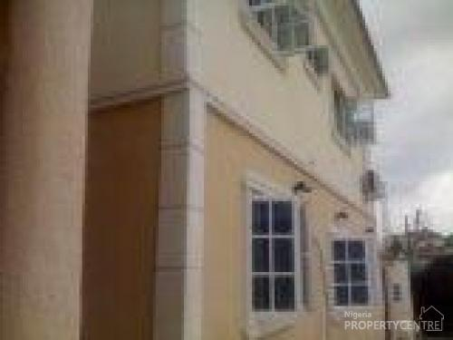 For rent 2 unit of 3 bedroom apartment to let at atunrase - 2 and 3 bedroom apartments for rent ...