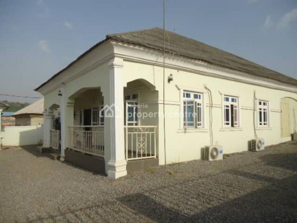4 Bedroom Detached Bungalow, Resettlement, Apo, Abuja, Detached Bungalow for Sale