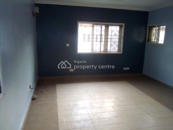 a Descent and Neat 3 Bedroom Semi Detached 3 Bedroom Terraced, Ikate Elegushi, Lekki, Lagos, Terraced Duplex for Rent