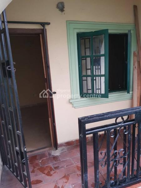 2 Bedroom All Rooms En Suite, Alagomeji, Yaba, Lagos, Flat for Rent