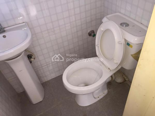 a Brand Newly Built En Suites 3 Bedroom Flat, Akoka, Yaba, Lagos, Flat for Rent