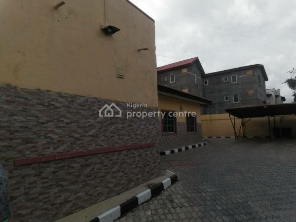 Tastefully Finished 5 Bedroom Detached Bungalow with 2 Units of 1 Bedroom Flat, Sitting on 900 Sqm, Cofo, Wuse 2, Abuja, House for Sale