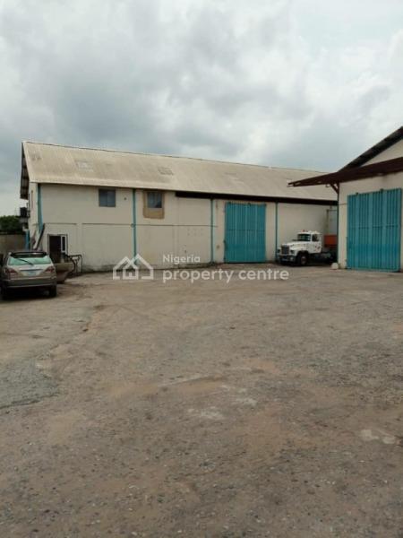 4250sqft Warehouse, Matori Industrial Estate, Challenge, Mushin, Lagos, Warehouse for Rent