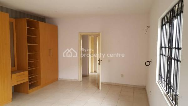 Hot  3 Bedrooms Terraced House with a Room Bq, Lekki Phase 1, Lekki, Lagos, Terraced Duplex for Sale