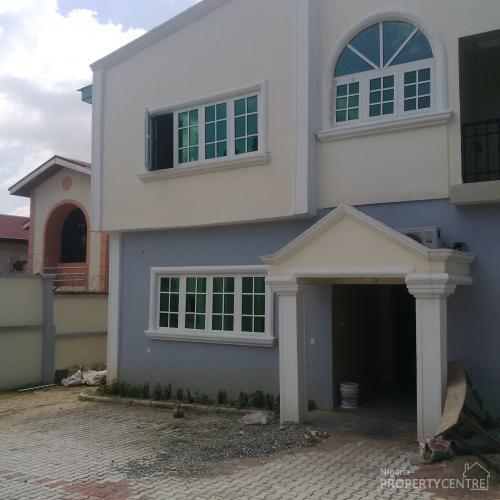 For Rent: 5 Bedroom Detached Duplex With 2 Rooms Boys