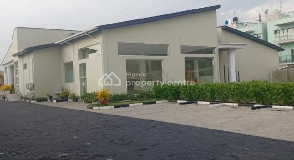 Porch & Cozy Waterfront Event Center for Meetings/weddings/birthdays & Graduation Parties, Admiralty Way, Lekki Phase 1, Lekki, Lagos, Conference / Meeting / Training Room for Rent