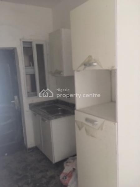 Luxury 1-bedroom Apartments Wit Excellent Facilities, Along Oba Road, Opposite Cardogan Estate., Osapa, Lekki, Lagos, Mini Flat for Sale