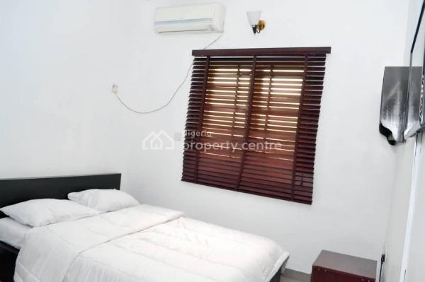 Shortlet - 4 Bedroom Nice Finish - Good Location, Ikeja Gra, Ikeja, Lagos, Flat Short Let