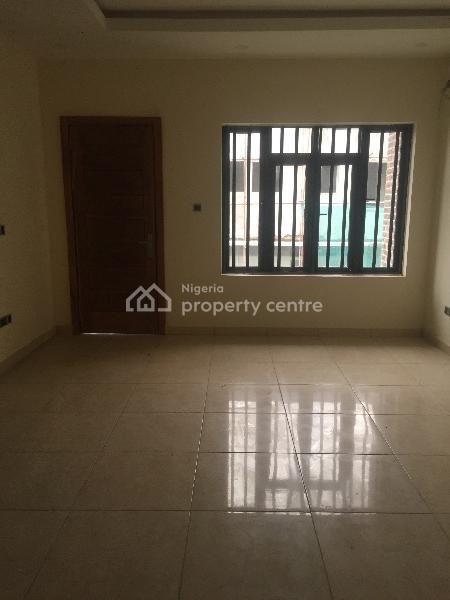 Spacious 4 Bedroom Terraced Duplex + Bq, Lekki Right Hand Side, Lekki Phase 1, Lekki, Lagos, Terraced Duplex for Sale