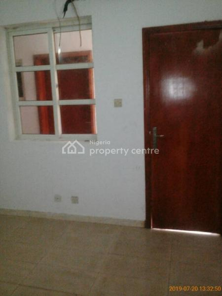 Spacious Bq Room with Kitchen, Close to Ligali Ayorinde Street, Oniru, Victoria Island (vi), Lagos, Self Contained (single Rooms) for Rent