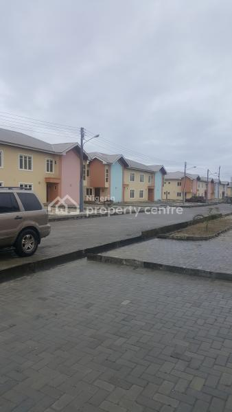 3-bedroom Tastefully Finished Deluxe Maisonette with Spacious Living Room Area, 3-bedroom Tastefully Finished Deluxe Maisonette with Spacious Living Room Area, All Rooms-en Suite with Additional Guest Toilet., Ajah, Lagos, House for Sale