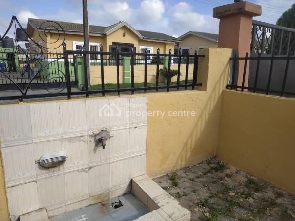 3 Bedroom Detached Bungalow, Diamond Estate Phase 3, Hotel Bus-stop, Lasu-igando Expressway, 10 Minutes Drive From Egbeda Bustop, 3 Minutes Drive From Isheri Roundabout, Akesan, Alimosho, Lagos, Detached Bungalow for Rent