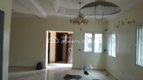 Diamond Estate Phse1 .4 Bedroom Semi Detached Duplex with Bq, Off Shoprite Rd By Monastery, Lekki Phase 2, Lekki, Lagos, Semi-detached Duplex for Rent
