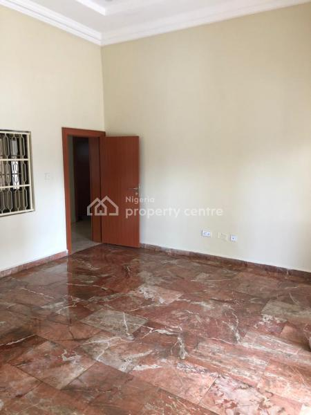 Well Renovated 5 Bedrooms Fully Detached Duplex with 2 Rooms Domestic Quarters & Gate House, Off Ademola Adetokunbo Crescent, Wuse 2, Abuja, Detached Duplex for Sale