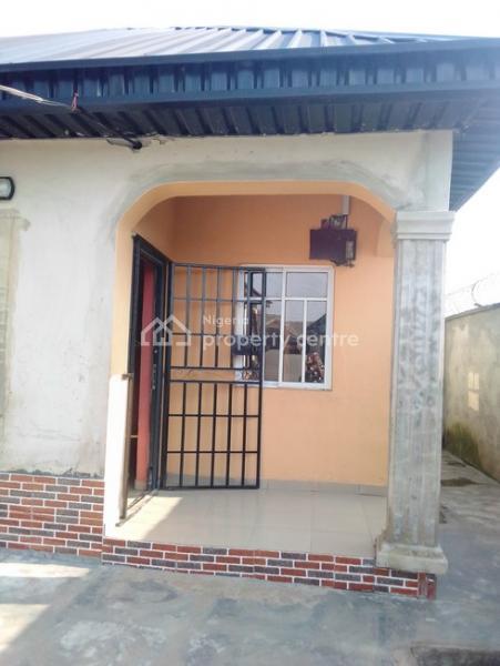 1 Bedroom Mini Flat, Magboro, Ogun, Flat for Rent