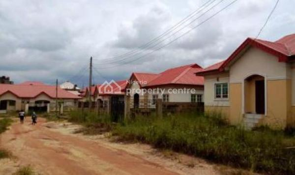 3 Bedroom Detached Bungalows, Magboro, Ogun, Detached Bungalow for Sale