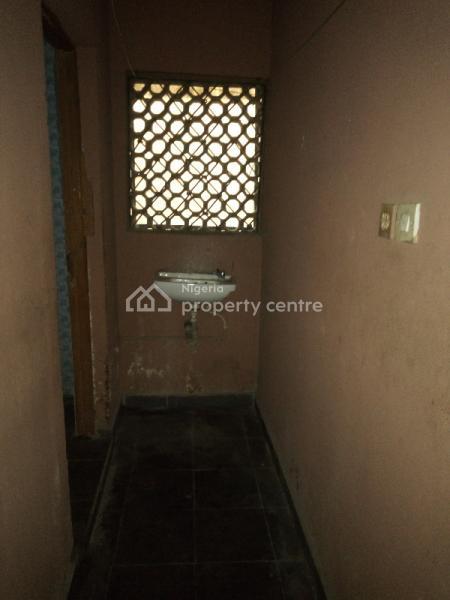Super 2 Bedroom, Kekere - Owo Street, Ilasamaja, Mushin, Lagos, Flat for Rent