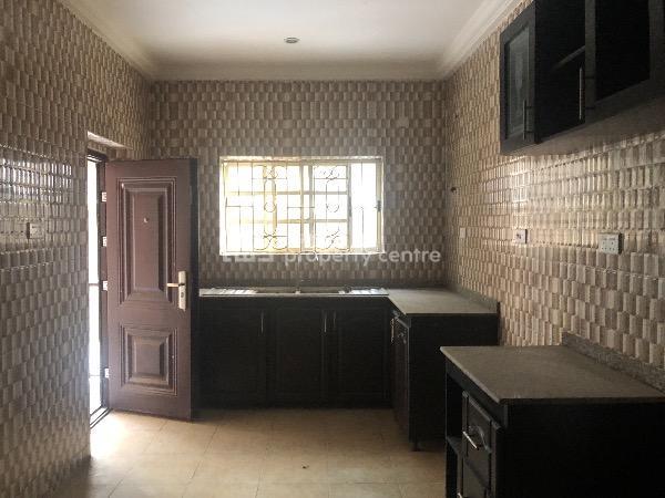 3 Bedroom Luxurious Apartment, 12, Billi Okoya Close, Mobil Road, Ilaje, Ajah, Lagos, Flat for Rent