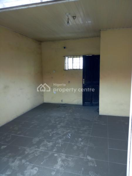 24sqm of Office/shop Space, Lekki Epe Expressway, Ajah, Lagos, Plaza / Complex / Mall for Rent