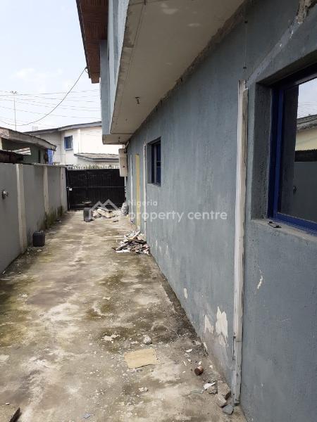 8 Bedroom Detached House with 3 Rooms B.q, Adeniran Ogunsanya, Surulere, Lagos, Detached Duplex for Rent