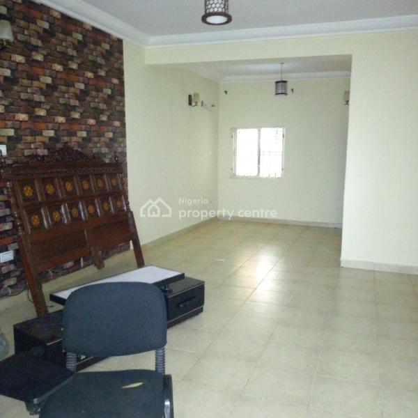Well Finished 2 Bedroom Flat Service with Generator, Nava Quarter, Kado, Abuja, Flat for Rent