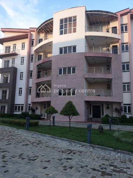 Luxury Serviced 3 Bedrooms Flat with a Servant Quarter, Katampe Extension, Diplomatic Zones, Abuja, Flat / Apartment for Rent