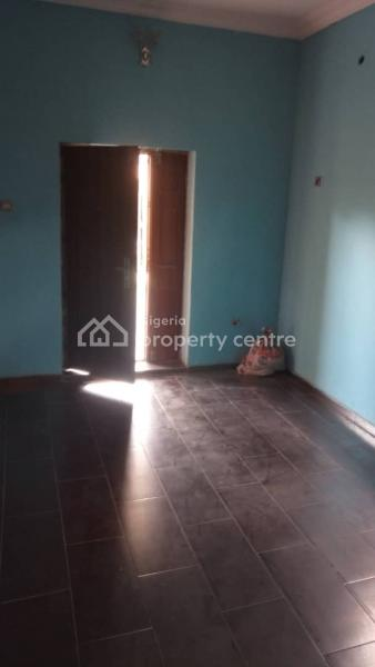 3 Bedroom Flat (upstairs) ( Only 3 Tenants in Compound), Borno Way, Alagomeji, Yaba, Lagos, Flat for Rent
