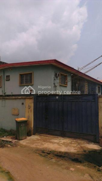 6 Flats Premium Residential Property, Ajani Akingbogun Street, Akowonjo, Alimosho, Lagos, Block of Flats for Sale