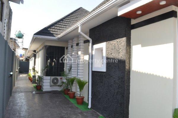 2 Bedroom Luxury Apartments with Excellent Facilities, Modupe Johnson Crescent, Adeniran Ogunsanya, Surulere, Lagos, Flat Short Let