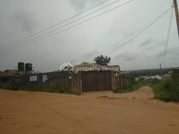 5 Bedrooms Detached Bungalow on a Plot of Land Fully Fenced and Gated, Akaun-un Road, Adamo, Ikorodu, Lagos, Detached Bungalow for Sale