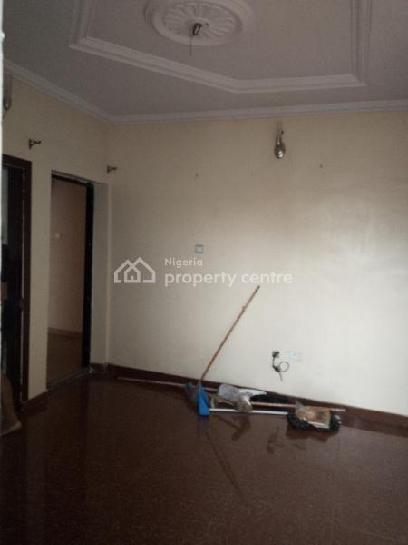 Executive and Super 2 Bedroom  Flat, Queen Street, Alagomeji, Yaba, Lagos, Flat for Rent