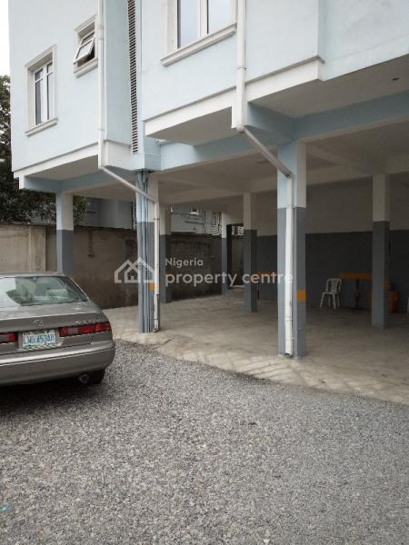 Executive and Super 3 Bedroom Flat, Onike, Yaba, Lagos, Flat for Rent