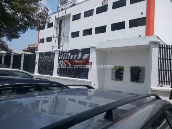 Decent Office Space, Along Road, Victoria Island (vi), Lagos, Office Space for Rent