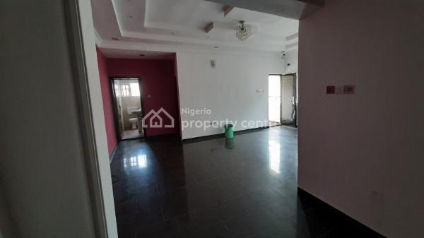 Beautiful 3 Bedroom Flat in a Secured Estate, Idado, Lekki, Lagos, Flat for Rent