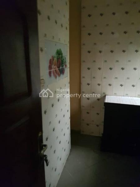 2 Bedroom Service Apartment, Alagomeji, Yaba, Lagos, Flat for Rent