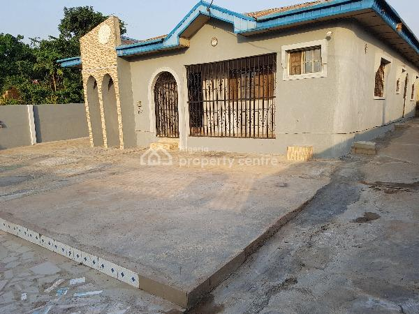 4 Mini Flats, Elebu Oritamerin Area, Idi Ayunre, Oluyole, Oyo, Block of Flats for Sale