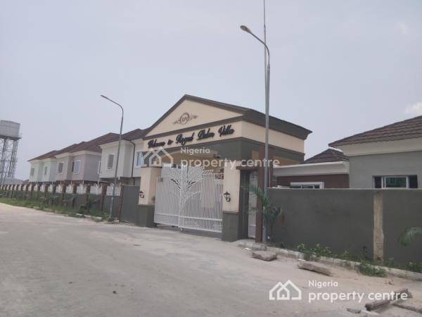 Luxury 4-bedroom Semi Detached House with 1-room Servant Quarters, Royal Palm Villa Estate, Sangotedo, Ajah, Lagos, Semi-detached Duplex for Rent