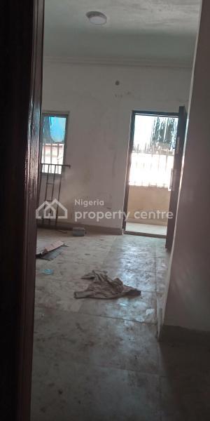 Newly Renovated 2 Bedroom Flat, Close to Lsdpc Estate, Adekunle, Yaba, Lagos, Flat for Rent